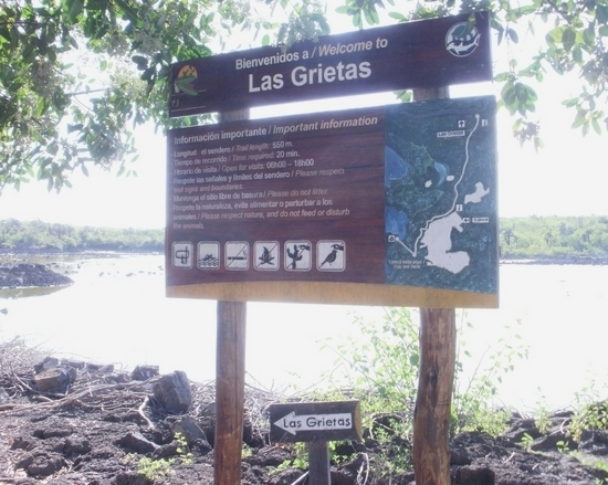 Sign on the Trail to Las Grietas Lagoon